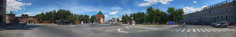 Площадь Минина и Пожарского - нижний Новгород. Панорама площади.